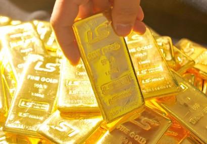 Kỳ vọng Fed trì hoãn thu hồi QE, vàng có tuần tăng giá đầu tiên trong 3 tuần