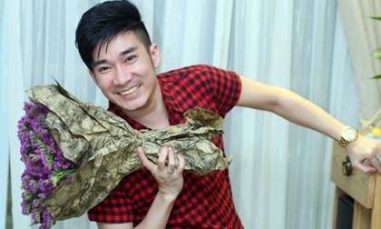 Quang Hà nhí nhảnh dự sinh nhật MC Anh Quân