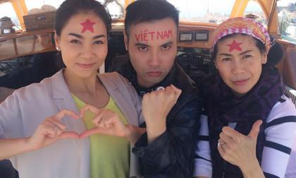 Gần 155 ngàn người thích thú với hình ảnh Thu Minh in quốc kì lên trán