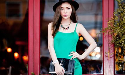 Xuống phố ngày hè đẹp nổi bật và sành điệu như Nancy Nguyễn