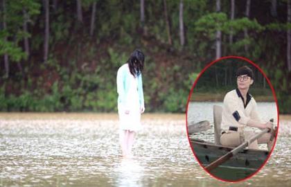 Nathan Lee lãng tử trên dòng sông 'Quả tim máu'