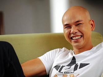 Phan Đinh Tùng trở lại trong liveshow Dấu ấn Tháng 10