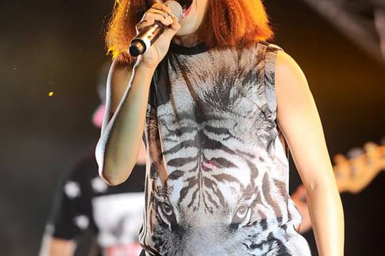 Hà Trần bay cùng 'Bản nguyên' trong đêm Monsoon Music Festival 2014
