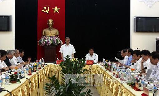 Tiểu ban Văn kiện Đại hội XII của Đảng làm việc với Ban Thường vụ Thành ủy TP.HCM