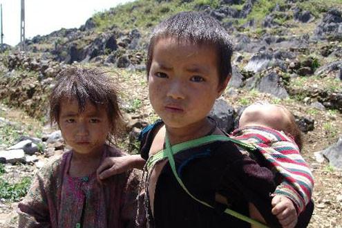 5% trẻ em dưới 5 tuổi ở Việt Nam chưa có giấy khai sinh