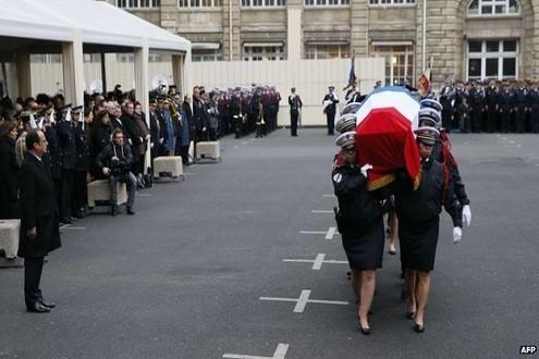 Vụ Charlie Hebdo: Trao tặng huân chương danh dự cao nhất cho những cảnh sát thiệt mạng