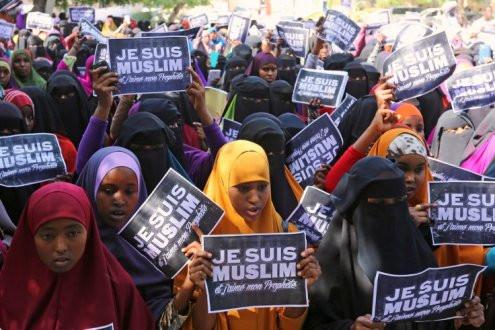 Vụ Charlie Hebdo: Người không theo đạo Hồi không bị cấm vẽ tranh Nhà tiên tri