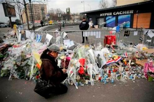 Hai nghi phạm liên quan đến thủ phạm vụ Charlie Hebdo bị điều tra chính thức