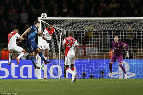Cận cảnh Arsenal ngậm ngùi chia tay Champions League
