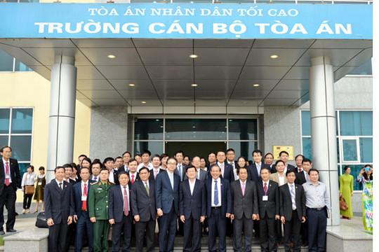 Chủ tịch nước Trương Tấn Sang làm việc với Trường Cán Bộ Tòa án