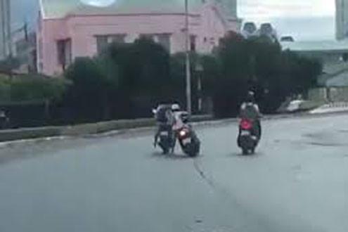 Tóm gọn nhóm cướp xe lộng hành