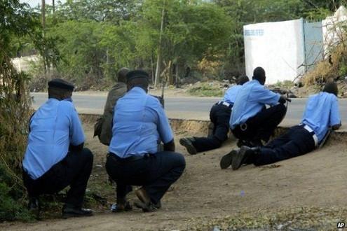 Kenya: Phiến quân al-Shabab tấn công trường ĐH, giết hại và bắt cóc nhiều con tin