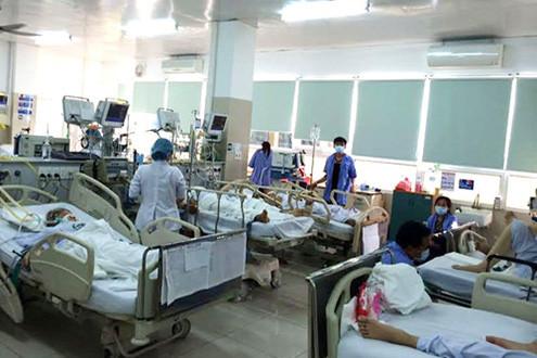 Quảng Ngãi: Bệnh viện tiếp nhận 12 ca ngộ độc thực phẩm nặng
