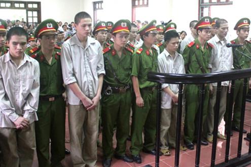 """Sắp xét xử lại vụ """"quan tài diễu phố"""" ở Vĩnh Phúc"""