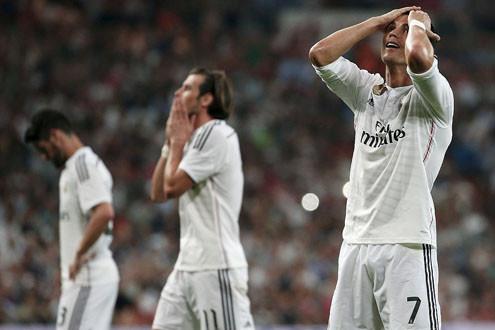 Ronaldo sút hỏng phạt đền, Real hoà như thua