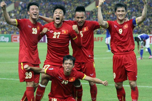 ĐT Việt Nam tụt ba bậc trên BXH FIFA tháng 6