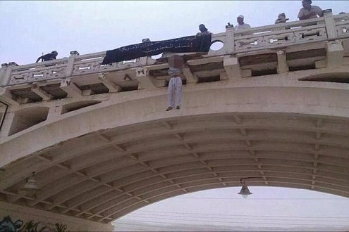 """Al Qaeda hành quyết dã man """"gián điệp"""" Mỹ"""