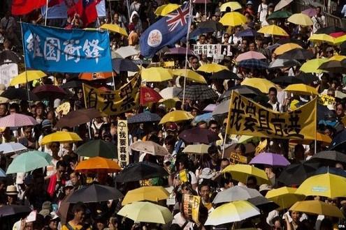 Hàng chục ngàn người Hồng Kông tiếp tục biểu tình