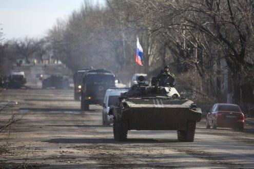 """Tổng thống Poroshenko: Số lượng lính Nga tăng """"kỷ lục"""" ở biên giới với Ukraine"""