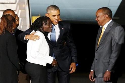 Tổng thống Obama ăn tối cùng gia đình tại quê hương Kenya