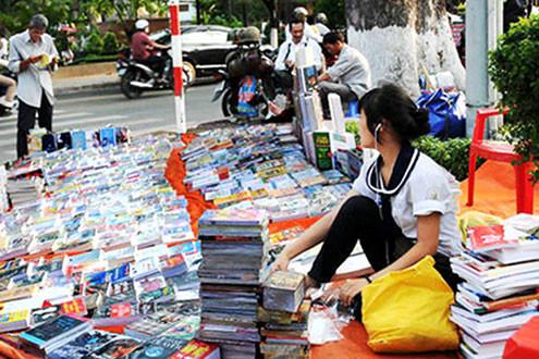 Thị trường sách lậu vẫn ngang nhiên hoành hành