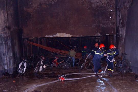 Hà Nội: Cháy chung cư Xa La, hàng ngàn người dân hoảng loạn