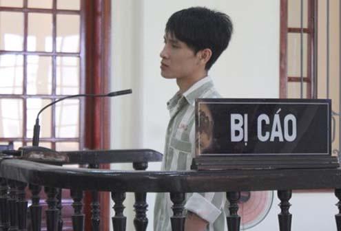 Tin xét xử khắp nơi ngày 28/10: Đang thụ án chung thân, lại tấn công quản giáo