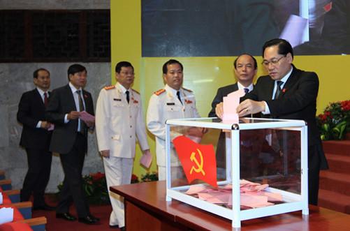 74 đồng chí được bầu vào BCH Đảng bộ TP Hà Nội khóa XVI