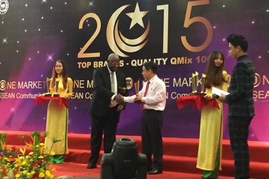 Sacombank đạt giải thưởng Doanh nghiệp chất lượng Qmix 100:2015