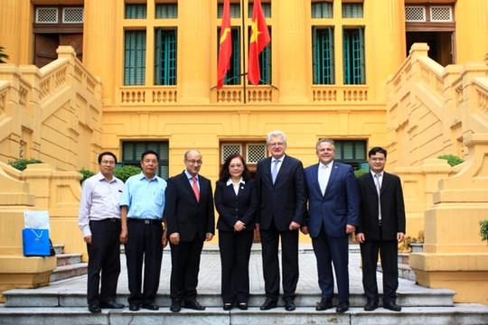 Thẩm phán TANDTC Nguyễn Thị Hoàng Anh tiếp Đoàn chuyên gia CHLB Đức