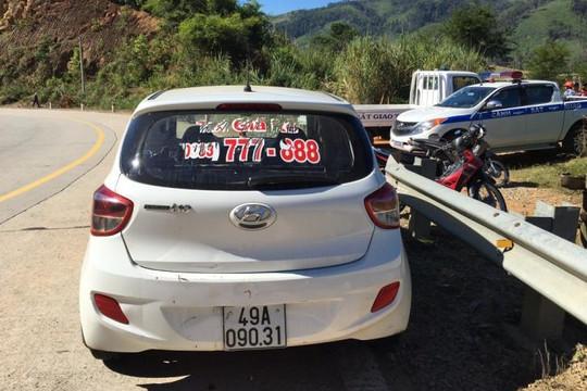 Huy động CSCĐ và chó nghiệp vụ truy bắt các đối tượng cướp taxi