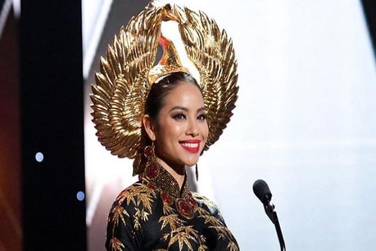 Phạm Hương mặc quốc phục tại Bán kết Miss Universe 2015