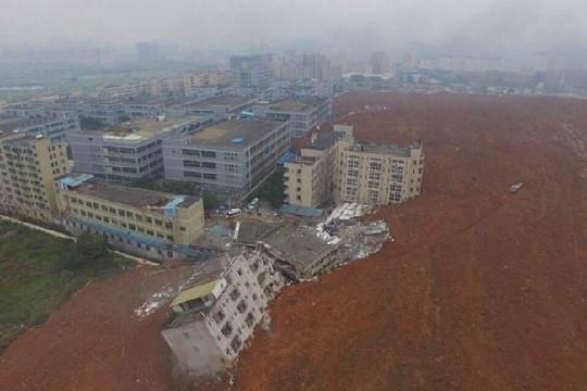 Trung Quốc: 22 tòa nhà đổ sập, 41 người bị chôn vùi sau vụ lở núi