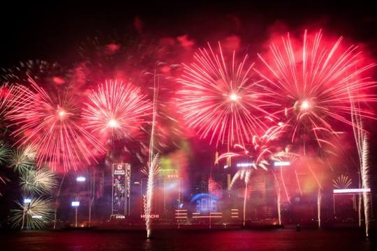 Đẹp khó tin khoảnh khắc thế giới đếm ngược đón chào năm mới