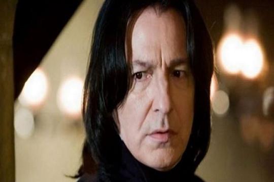 """""""Giáo sư Snape"""" Alan Rickman qua đời"""