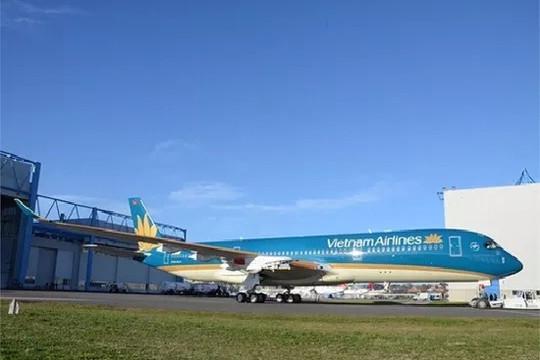 Máy bay Vietnam Airline gặp sự cố giảm áp suất