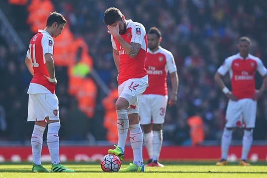 Arsenal: Cựu vương Cúp FA và nguy cơ tay trắng