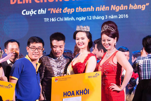 """Người đẹp Viet Capital Bank đăng quang Hoa khôi  """"Nét đẹp thanh niên Ngân hàng"""""""