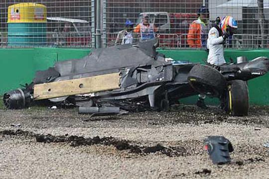 Alonso gặp tai nạn kinh hoàng tại F1 Australian GP