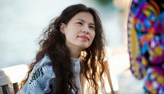 Hé lộ nàng thơ của các NTK tại Vietnam International Fashion Week 2016