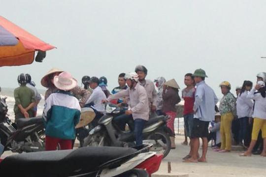 Vụ 3 học sinh mất tích khi tắm biển ở Nam Định: Đã tìm thấy một thi thể đầu tiên