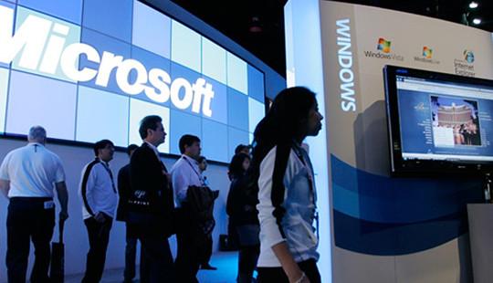 Microsoft tiếp tục tái cơ cấu doanh nghiệp điện thoại