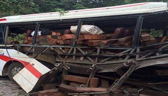 Thông tin mới nhất vụ nổ xe khách kinh hoàng khiến 8 người tử vong tại Lào
