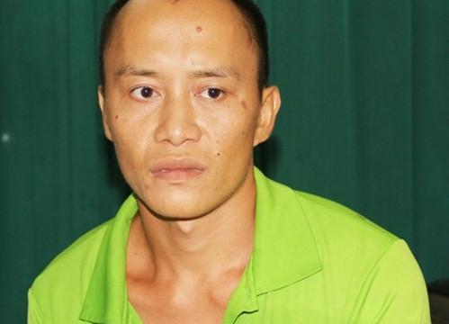Khởi tố kẻ bắt giữ bé gái 18 tháng tuổi về tội đe dọa giết người