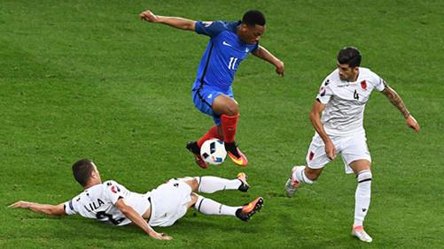 EURO 2016: Pháp giành vé vào vòng 1/8