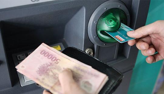 Dự kiến nâng hạn mức cho một lần rút tiền mặt tại ATM