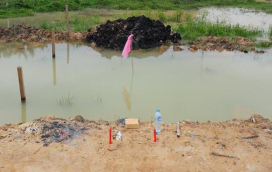 Phát hiện 3 thi thể trẻ em dưới hố nước tưới rau