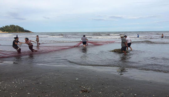 Về quê nghỉ hè một học sinh tử vong khi đi tắm biển