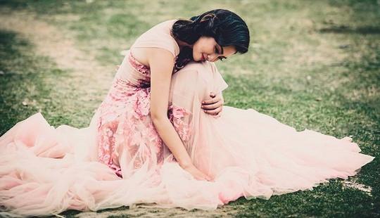 Ngọc Lan mặc váy cưới, chuẩn bị lên xe hoa
