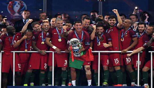 Bồ Đào Nha lên đứng thứ 6 thế giới sau vô địch Euro 2016